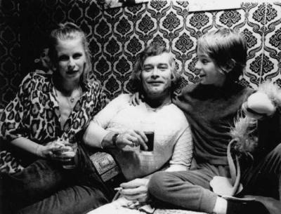 Aage met vrouw en zoontje in 1978