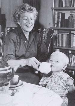 Annie met haar zoon Flip