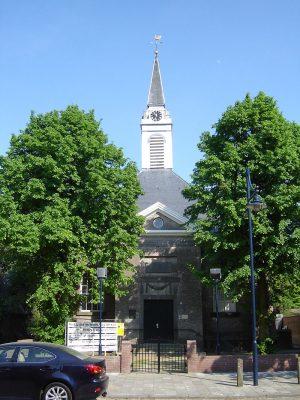 De kerk van Schoren in Hoofdplaat- foto Limo Wreck - httpscommons.wikimedia.org