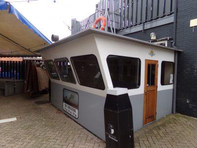 De oude stuurhut bij café Storm