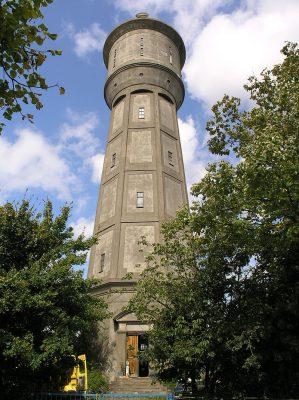 De watertoren van Scherpenisse.
