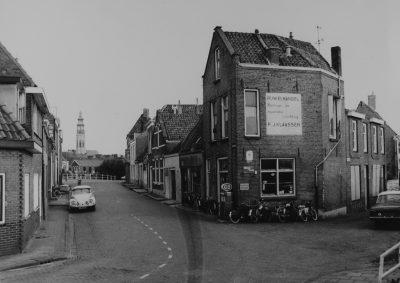De winterstraat aan het begin van de vorige eeuw