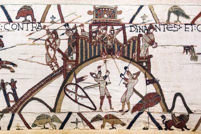 Een mottekasteel afgebeeld op het tapijt van Bayeux.