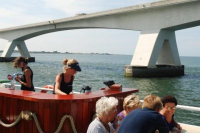 Er op uit met de rondvaartboot