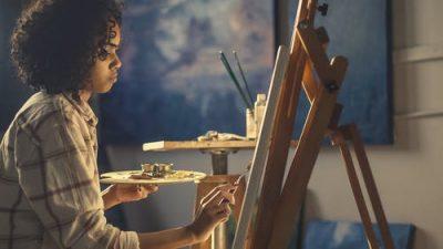 Gratis opleiding tot jonge kunstenaars