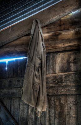Het vergeten jasje - © Aren Admiraal