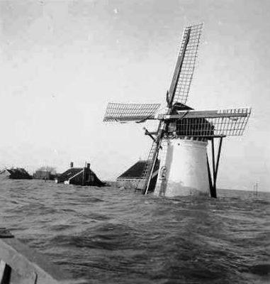 In 1953 stond de molen onder water