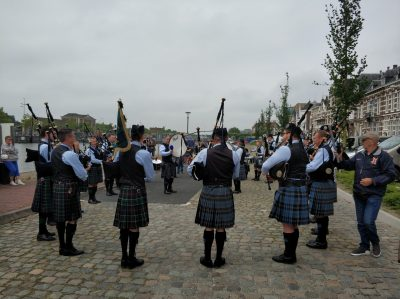 Inter Scaldes Pipes and Drums tijdens Veteranendag 2018 - Foto website Micheal
