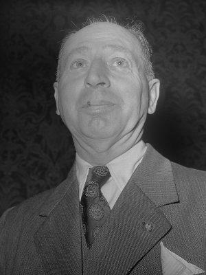 Johan van Veen (1953) Foto J.D. Noske Anefo - Nationaal Archief, commons.wikimedia.org