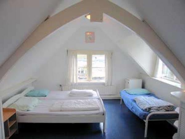 Knusse slaapkamer zalig zeeland.com