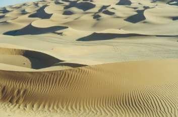 Libische woestijn foto Benutzer Elian - Eigen werk. commons.wikimedia.