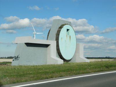 Monument voor de kabelbaan. Foto Michiel commons.wikimedia.org
