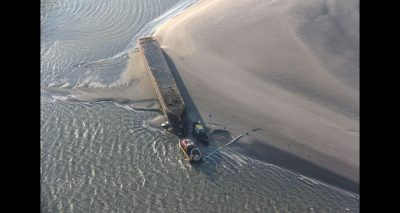 Omgeslagen zandzuiger op de Westerschelde. Foto httpswww.onderzoeksraad.nlnlbeeldbank