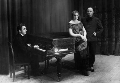 Pisuisse met zijn latere vrouw Jenny Gilliams