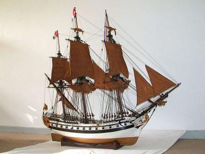 Scheepsmodel van een Zeeuwse 'slavenhaler' - Zeeuws Maritiem Museum
