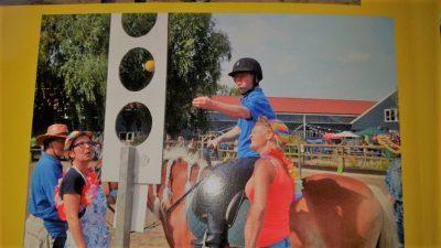 Spelen te paard