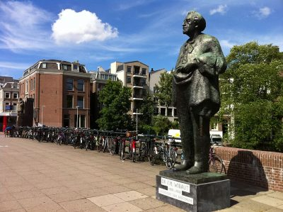 Standbeeld Wibaut in de Wibautstraat