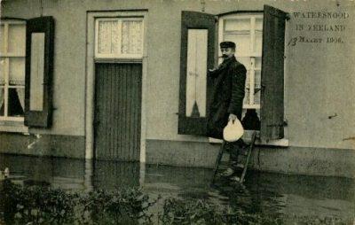Straten stonden opnieuw onder water