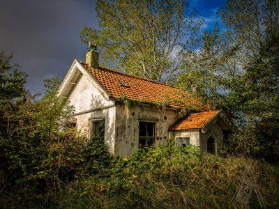 Verlaten huisje in Den Osse