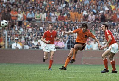 Willem in het Oranjeshirt
