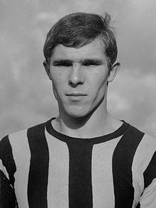Willem van Hanegem in het shirt van Velox (1964)