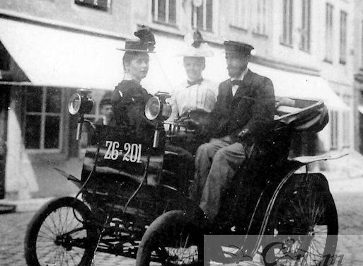 6 januari: 1900 de eerste automobiel in Zeeland