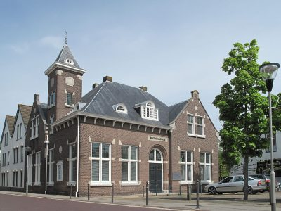 ouwraadhuis Kruininge Foto Michiel verbeek Eigen werk, wiki commons