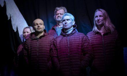 """Vanaf 6 maart – Zierik speelt """"Familie"""" van Maria Goos"""
