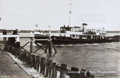 Aankomst van de veerboot Westerschelde in Wolphaartsdijk
